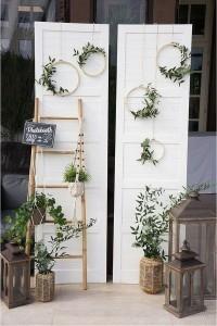 chic old door wedding backdrop ideas