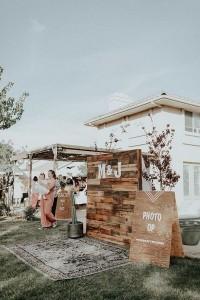 chic outdoor wooden wedding photo bo