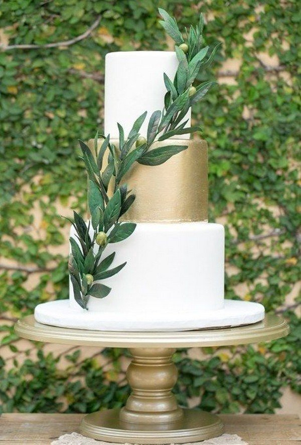 gold and green wedding cake ideas