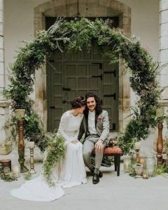 greenery giant wedding wreaths backdrop ideas