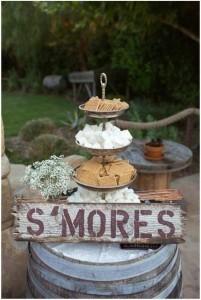 outdoor wedding food station ideas