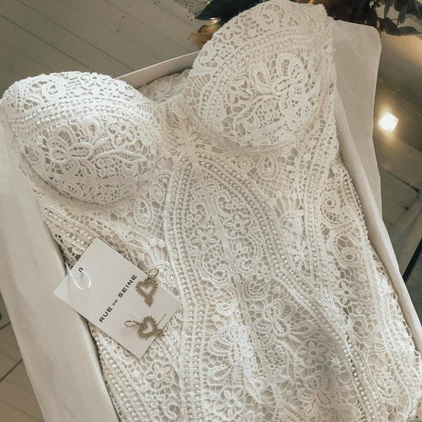 stunning lace details of Arrow wedding dress from Rue De Seine