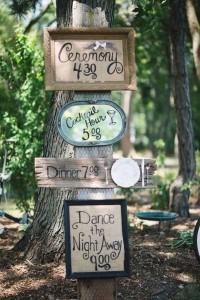vintage boho wedding sign ideas