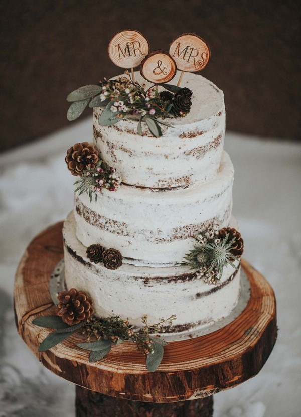 boho chic wooden fall wedding cake ideas