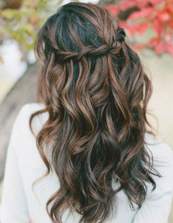 amazing half up half down wedding hairstyle