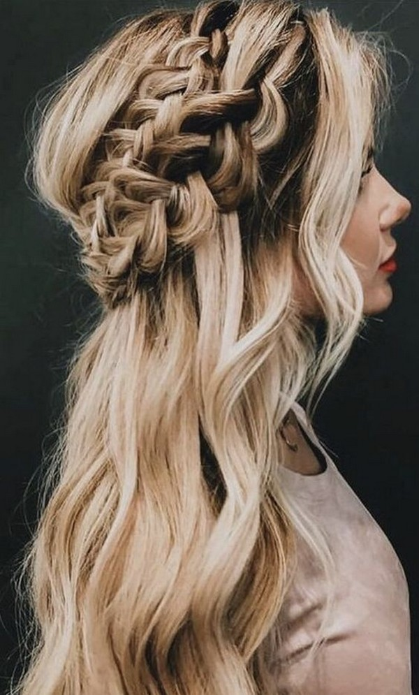 boho half up half down wedding hairstyle