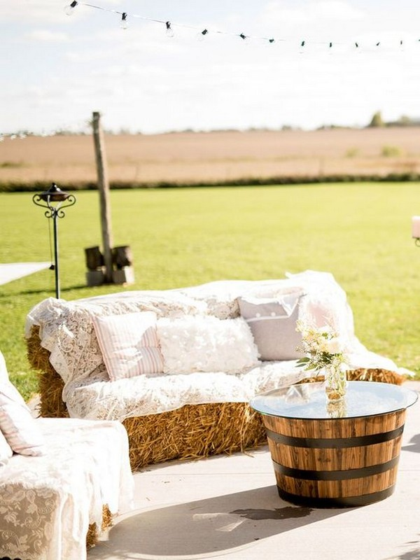 30 Rustic Outdoor Wedding Decorations With Hay Bales
