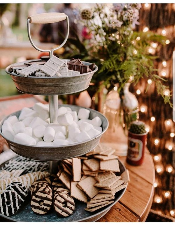trending wedding S'mores Bar food station ideas