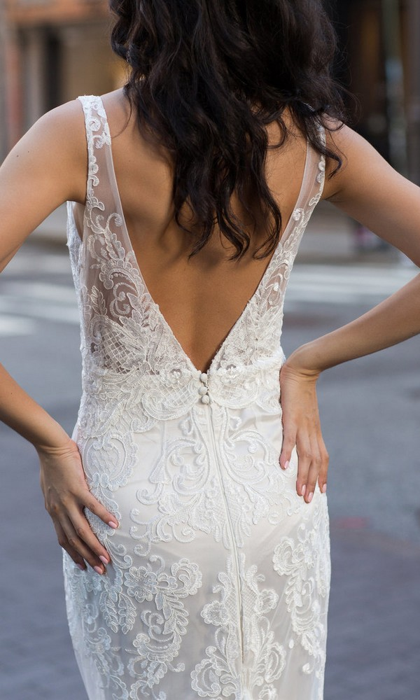 Anna Campbell Harlow lace wedding dress with v back