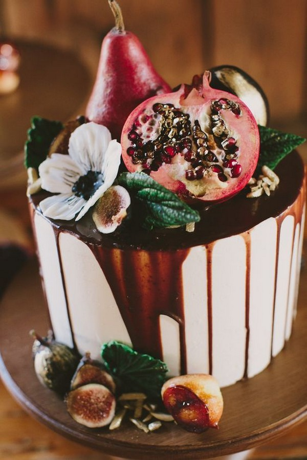 cameral drip wedding cake with fruits