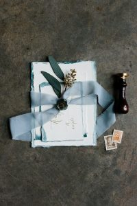 chic vintage blue wedding invitations