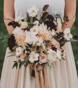 dahlia wedding bouquet for fall