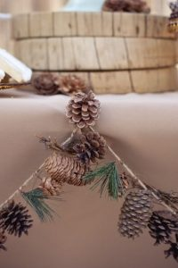 pinecone garland for winter bridal shower decoration ideas
