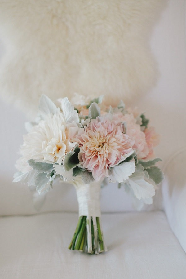 soft colors dahlia wedding bouquet ideas