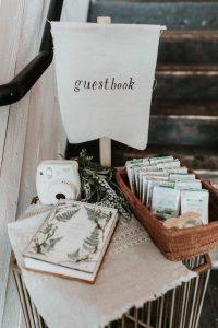 Polaroid wedding guest book sign ideas