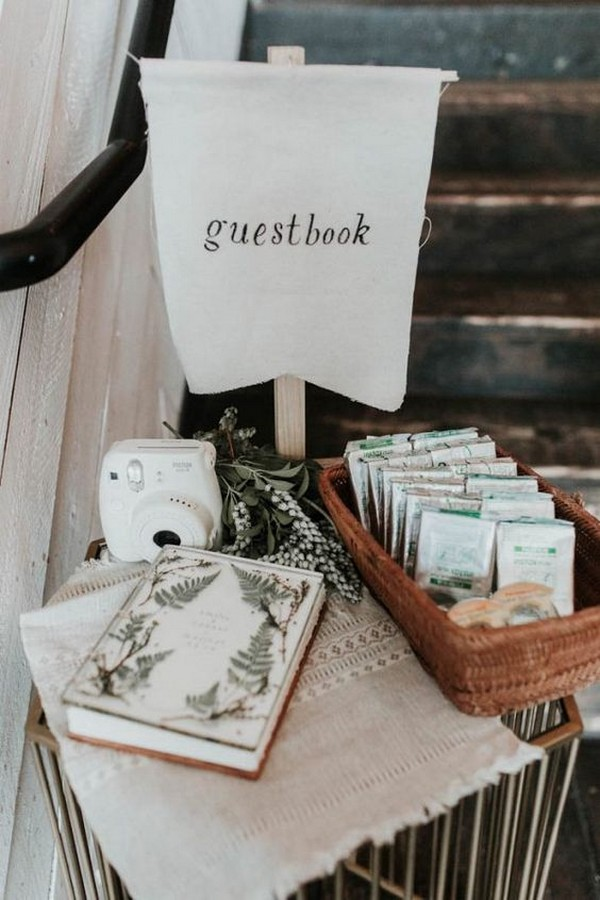 Polaroid wedding guest book sign ideas