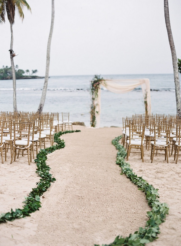 beach wedding ceremony decoration ideas