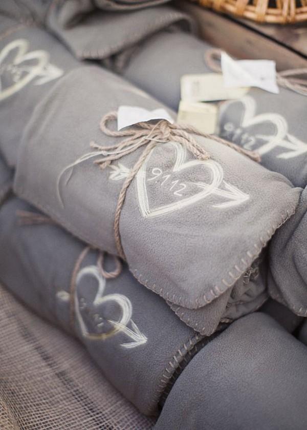 custom blankets winter wedding favor ideas