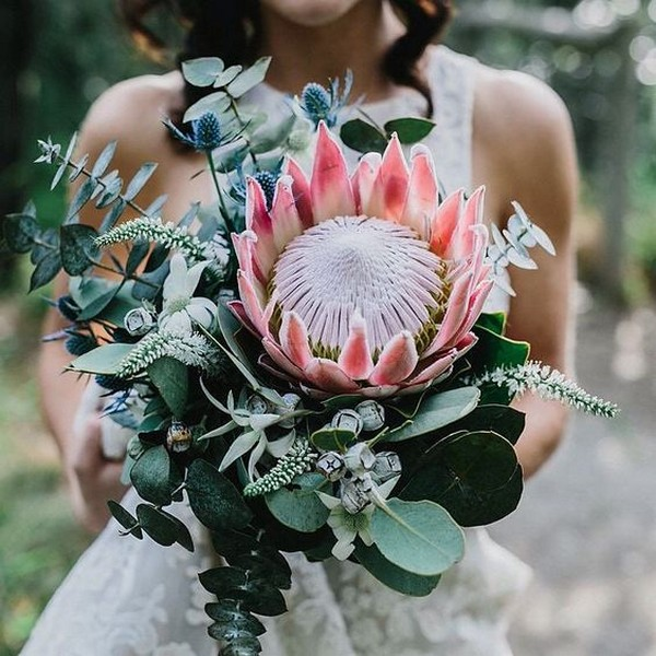 king protea trending wedding bouquet