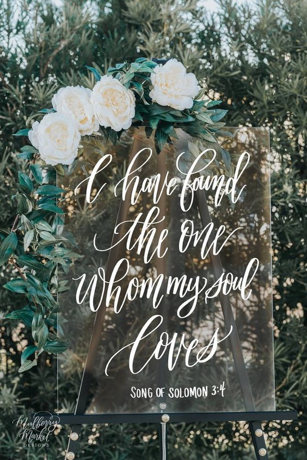 pretty acrylic wedding sign ideas
