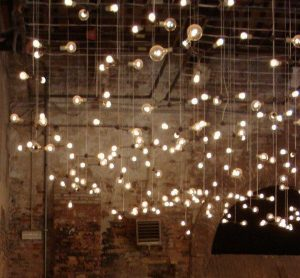 Edison bulbs wedding decoration ideas