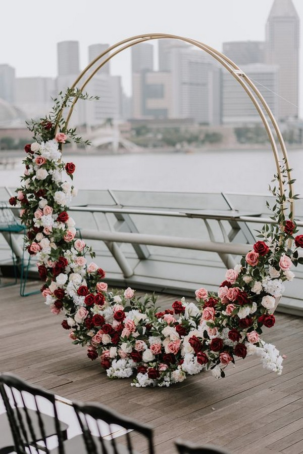 chic modern floral circular wedding arch ideas