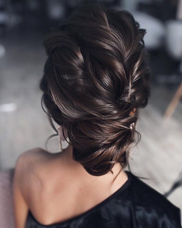 classic updo wedding hairstyle