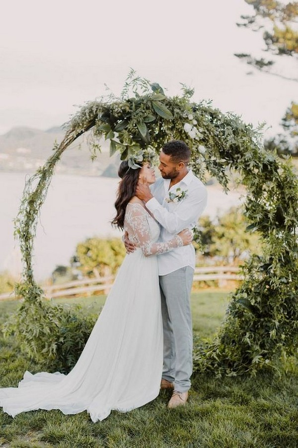 greenery circular wedding ceremony arch ideas