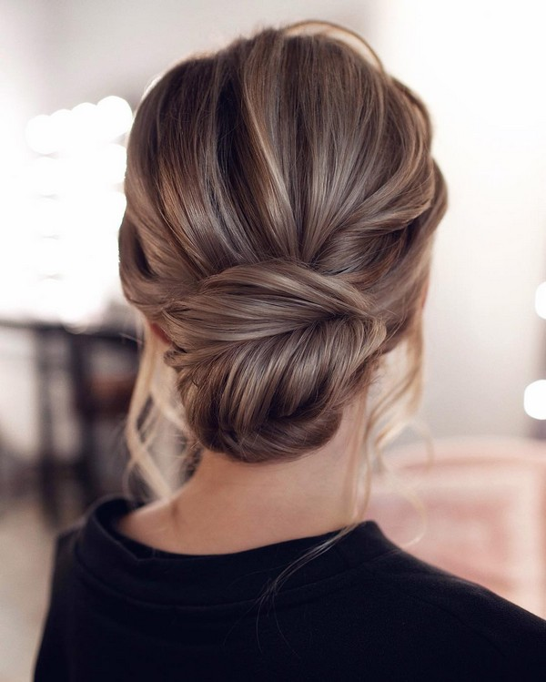simple and beautiful updo wedding hairstyle