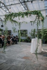 wedding ceremony arch ideas with hanging garlands