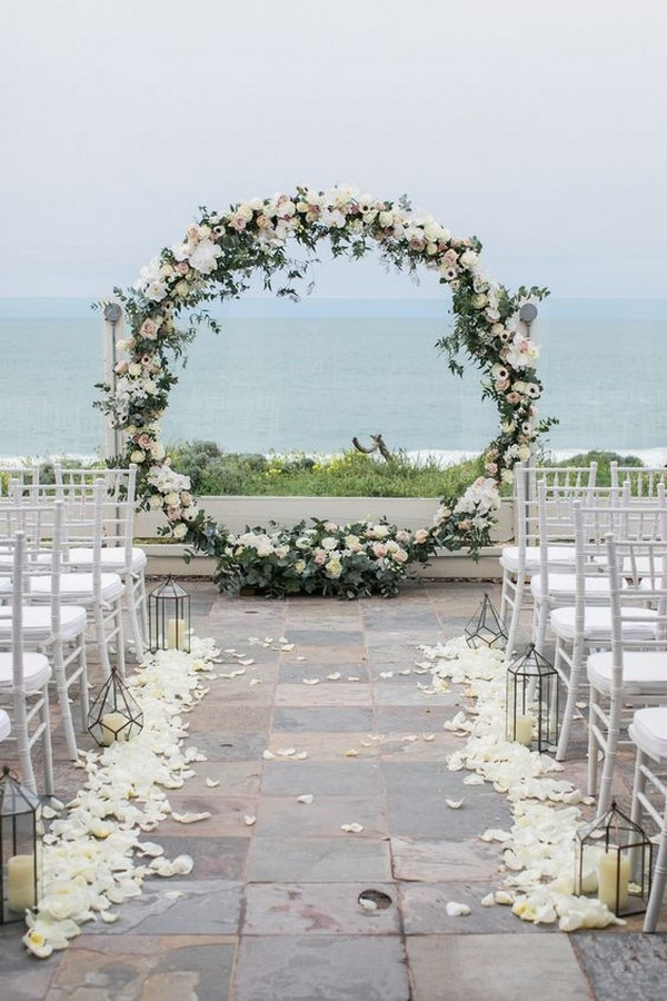 wedding ceremony decoration ideas with circular arch