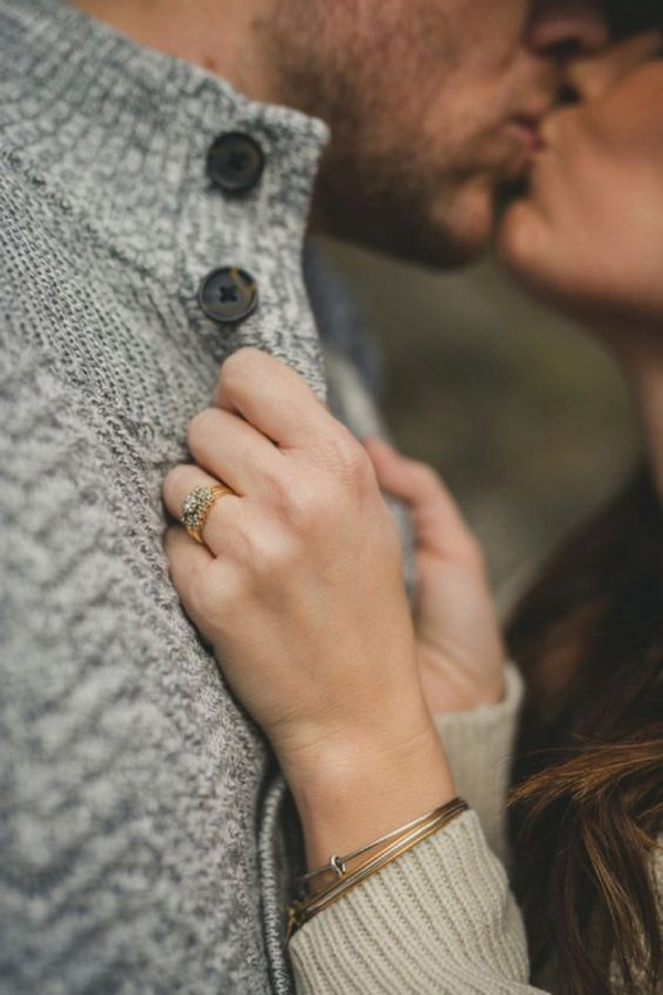 creative proposal picture ideas to show off your engagement ring