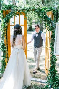 first look wedding photo ideas bride and groom