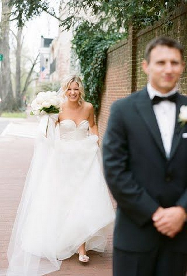 first look wedding photo ideas