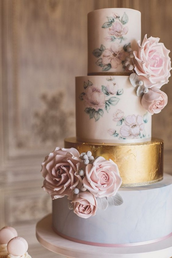 gold and dusty rose wedding cake for 2019 trends