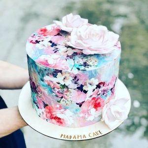 hand painted floral wedding cake ideas