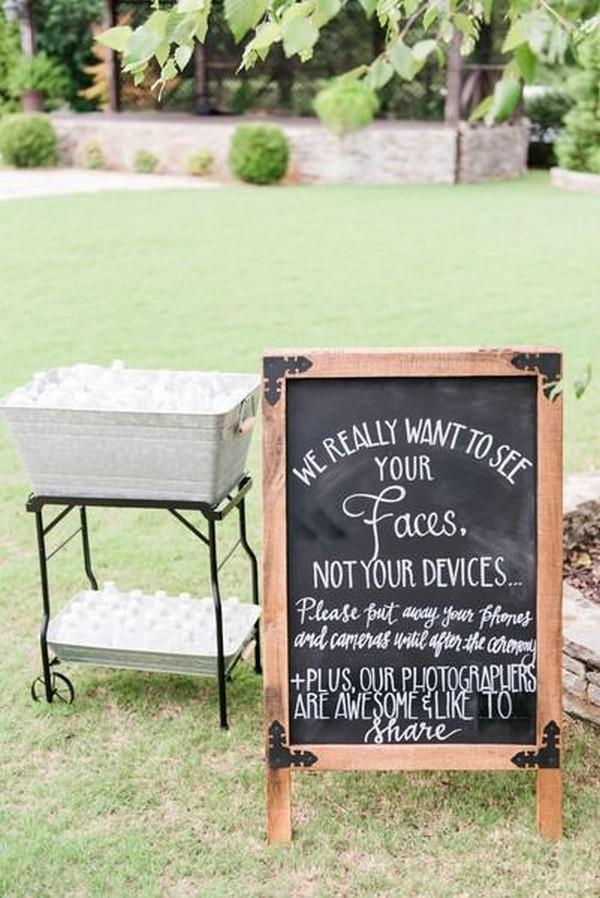 outdoor backyard wedding sign ideas