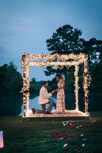 romantic proposal ideas with lights