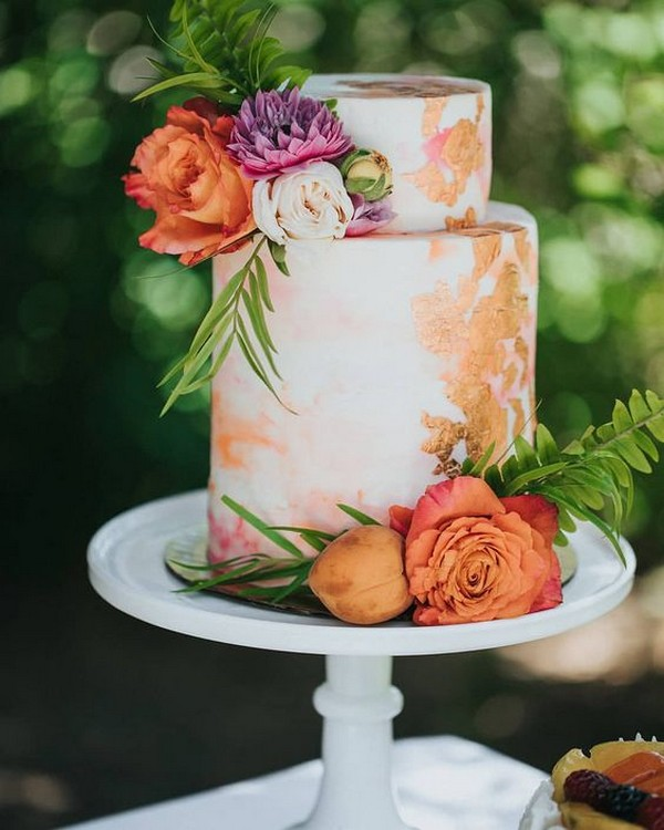 watercolor hand painted wedding cake for 2019 trends