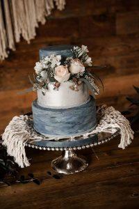dusty blue and blush vintage wedding cake