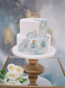 shades of blue and gold wedding cake