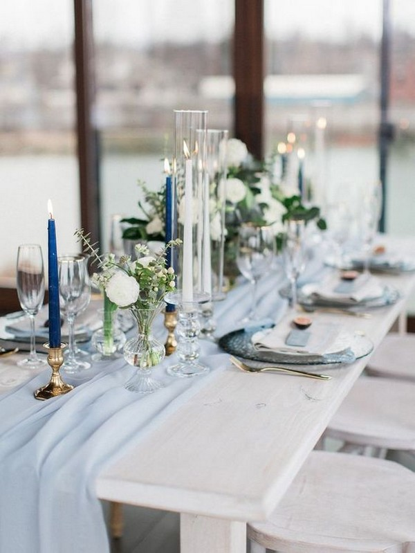 shades of blue and gold wedding centerpiece ideas