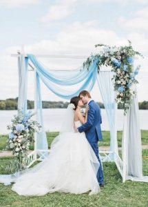 shades of blue wedding arch decoration ideas