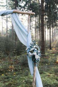 shades of blue wedding arch ideas