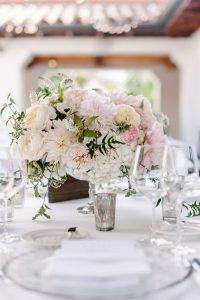 shades of pink wedding centerpiece ideas