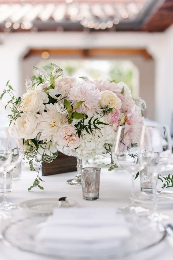 shades of pink wedding centerpiece ideas
