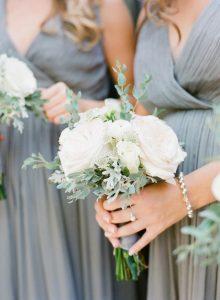 elegant white wedding bouquet ideas