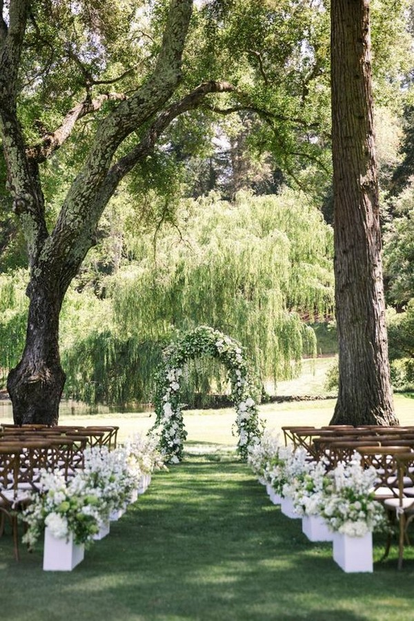 greenery garden themed wedding ceremony ideas
