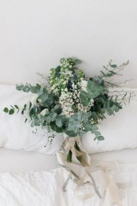greenery wedding bouquet for 2019