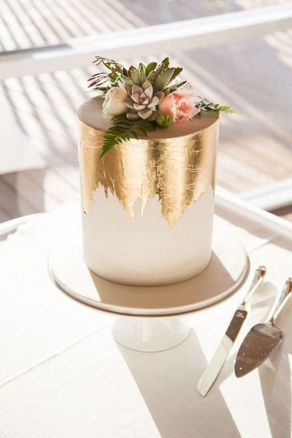 metallic gold one layer wedding cake